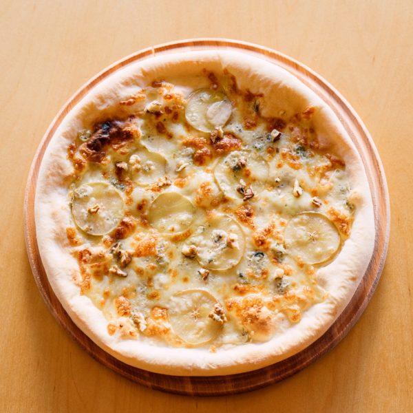 Пицца с грушей и горгонзолой - фото 4